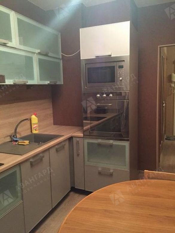 2-комнатная квартира, Бадаева ул, 7 - фото 1