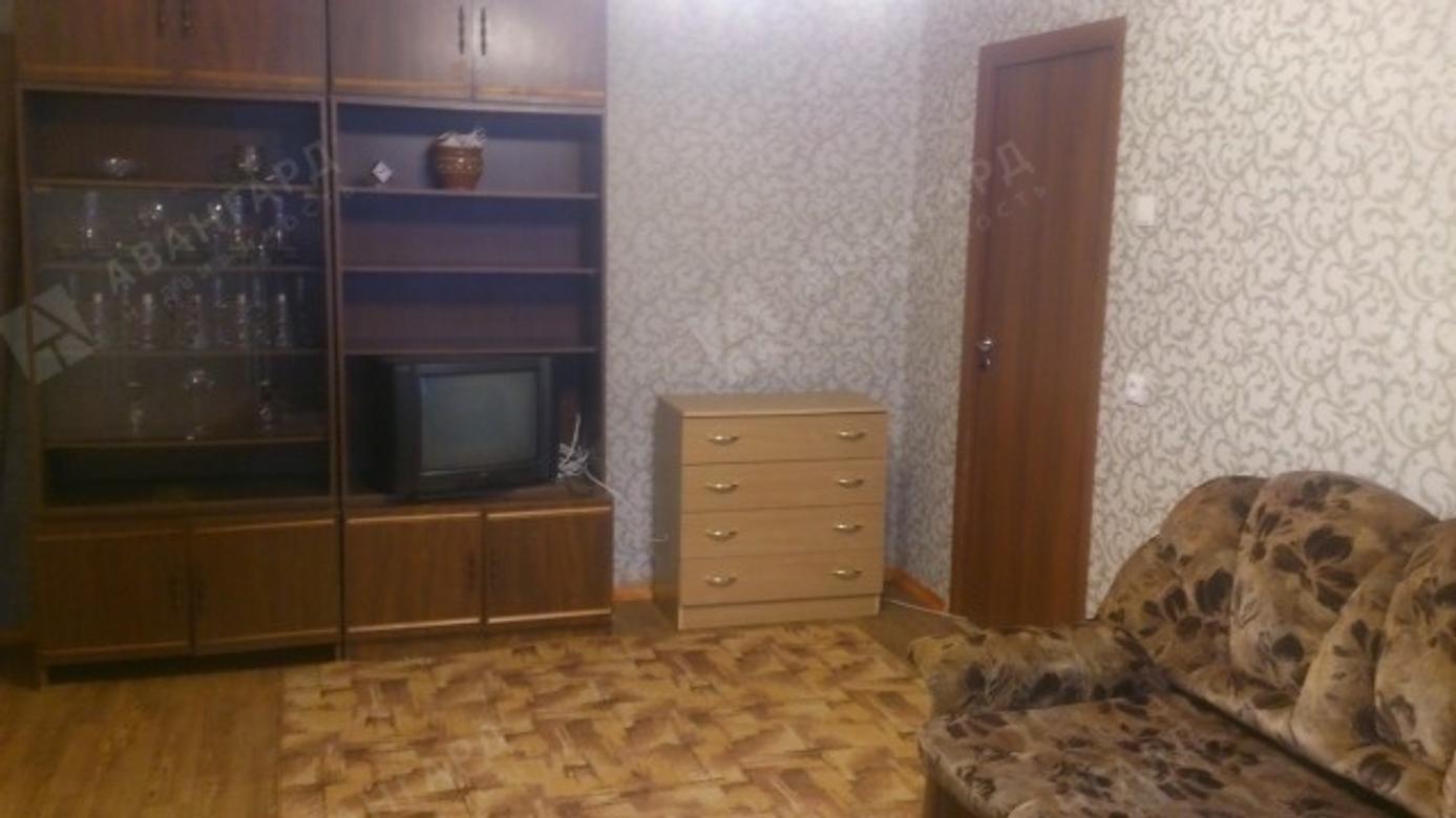2-комнатная квартира, Уточкина ул, 5 - фото 1