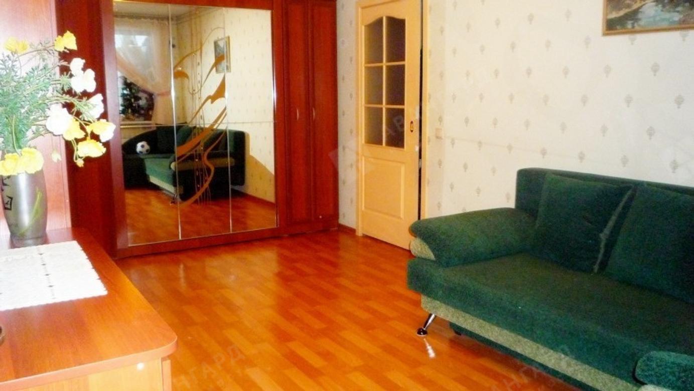 1-комнатная квартира, Буренина ул, 1к2 - фото 1