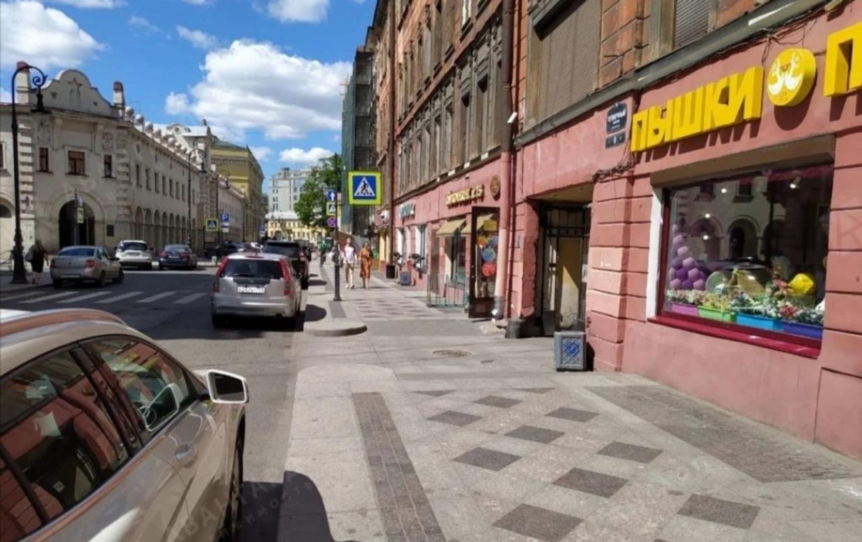 Студия, Кузнечный пер, 10 - фото 1
