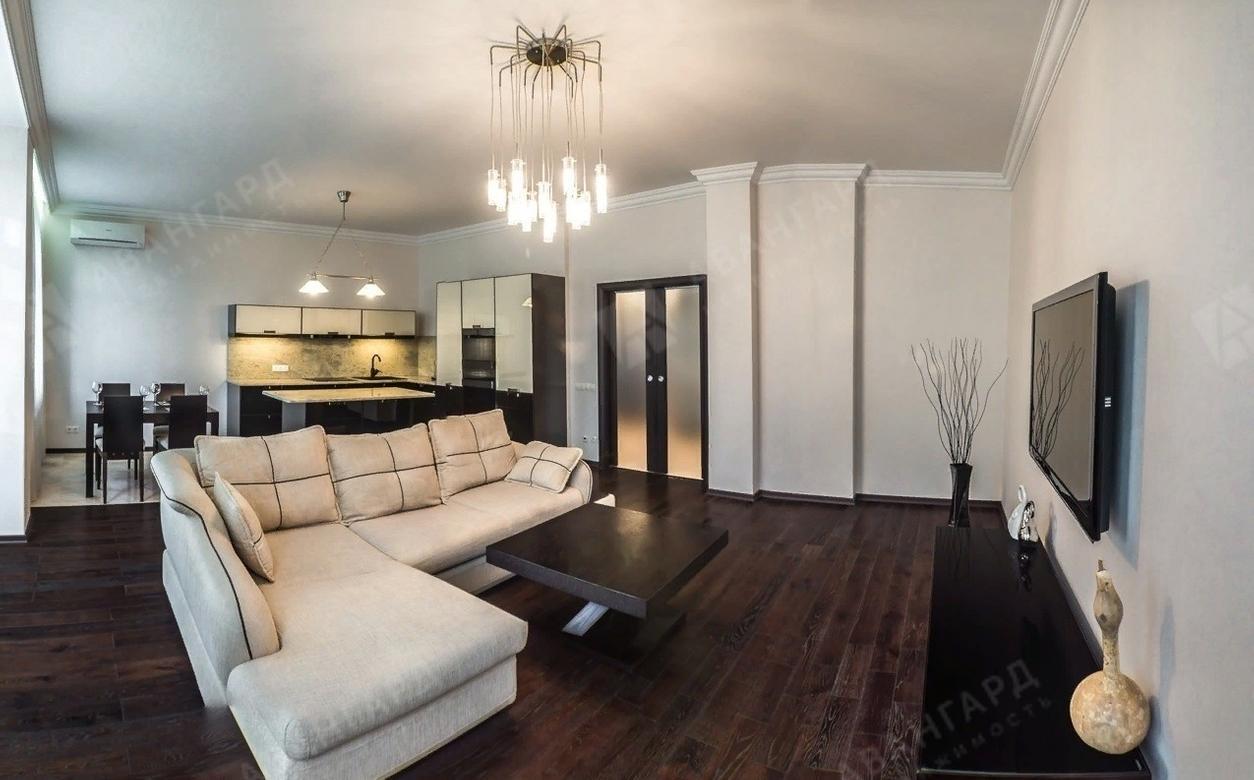 2-комнатная квартира, Каменноостровский пр-кт, 40а - фото 1