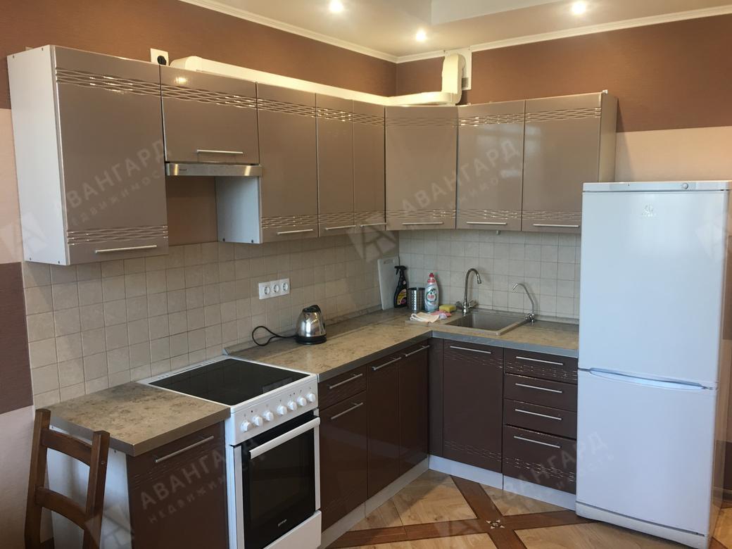 1-комнатная квартира, Выборгская ул, 5 - фото 1