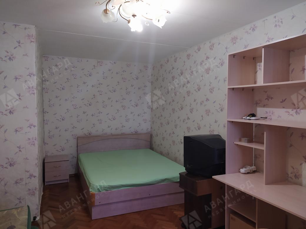 1-комнатная квартира, Большевиков пр-кт, 9 к1 - фото 1