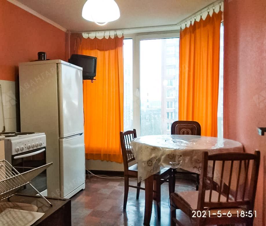 1-комнатная квартира, Киришская ул, 7 - фото 1